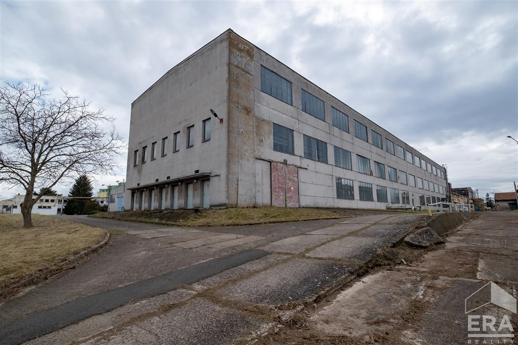 Prodej fabriky kovovýroby, Pečky okr. Kolín
