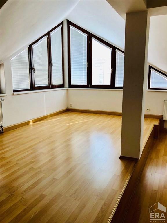 Pronájem moderního bytu v centru Opavy.