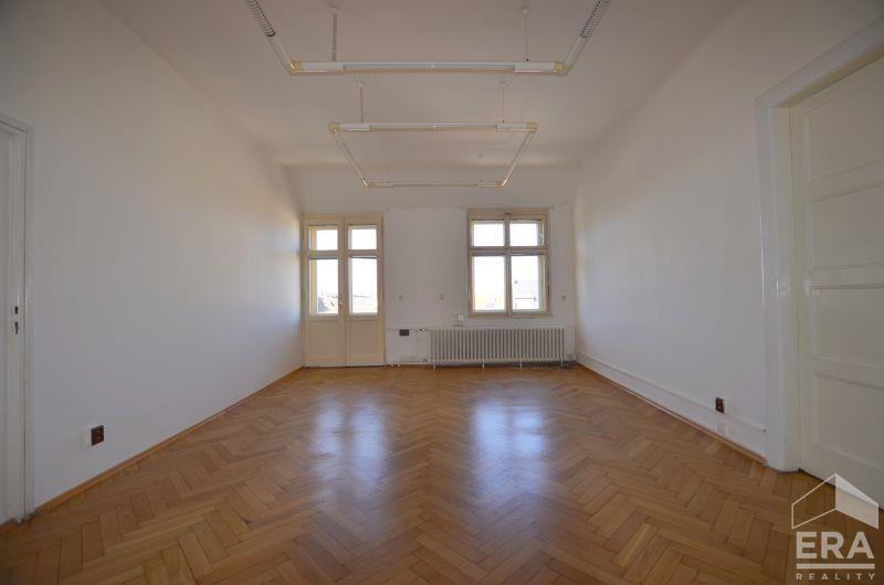 Pronájem kanceláře, 52m2, Praha 1 Senovážné Náměstí