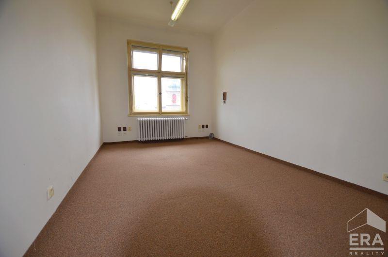 Pronájem kanceláře, 16m2, Praha 1 Senovážné náměstí