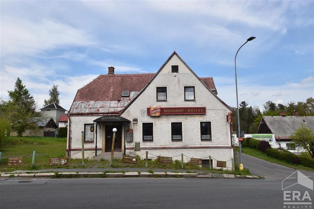 Prodej budovy s restaurací o obytným patrem