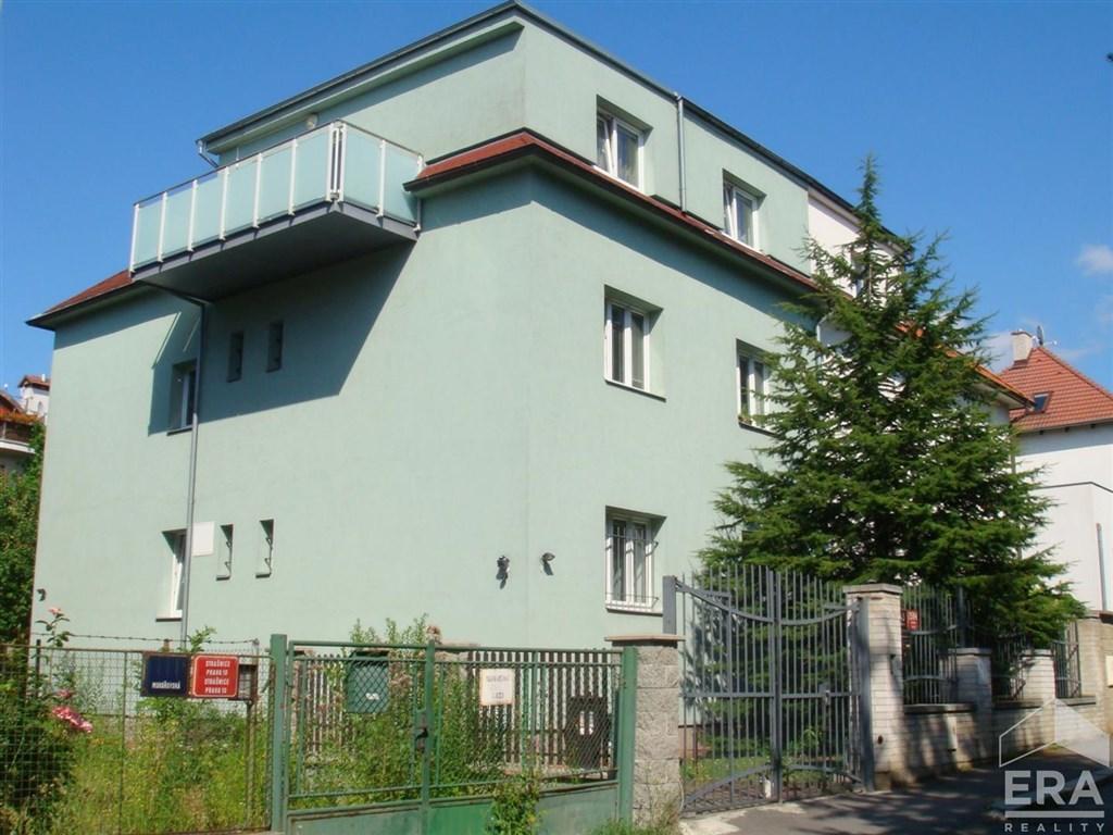 Prodej, dům rodinný, 292 m²
