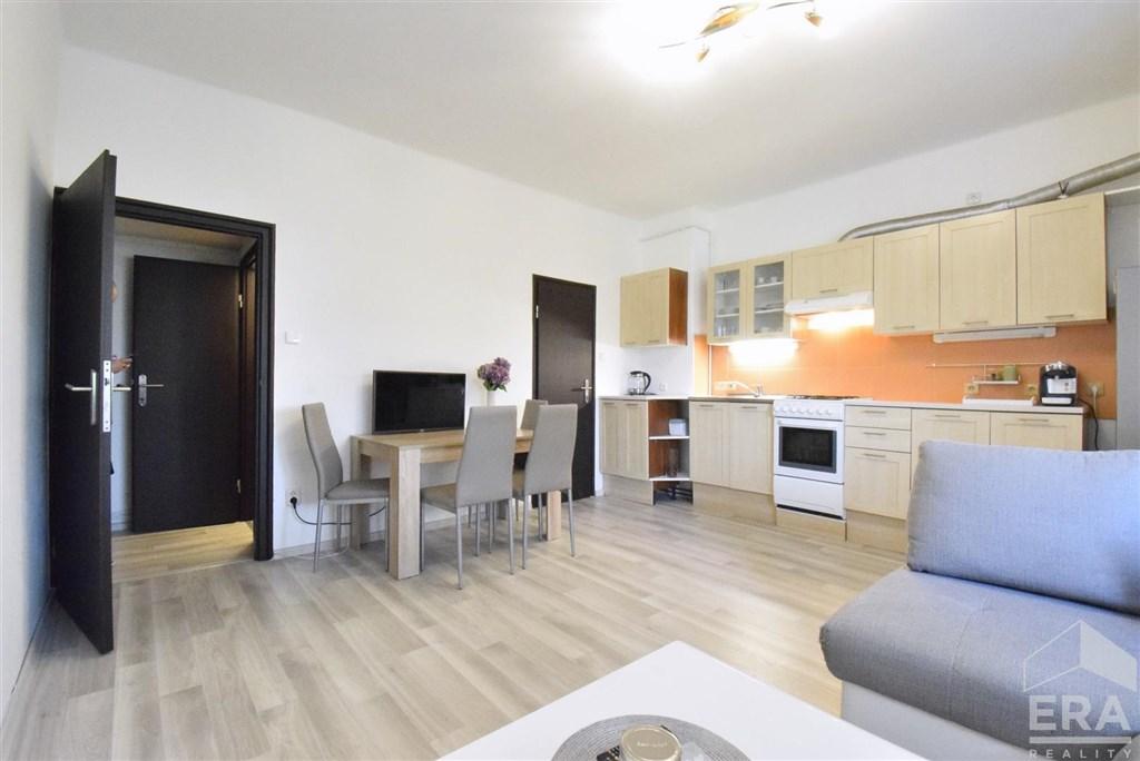Byt 2+kk, 41 m2, 3.patro. cihla – Olomouc, ul. Wolkerova
