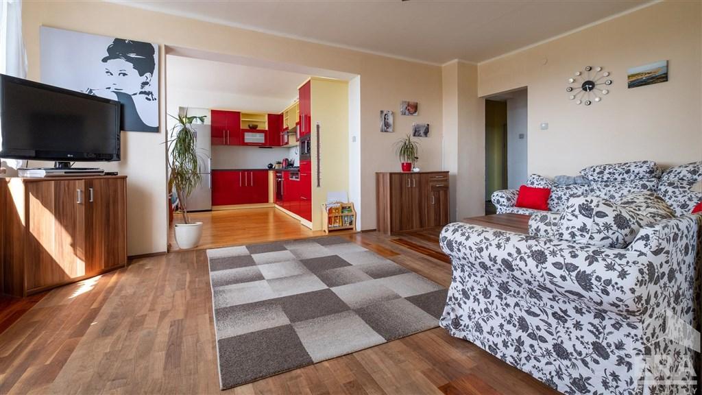 Prodej bytu 3+1 s lodžií, 97 m2, Poděbrady – Žižkov