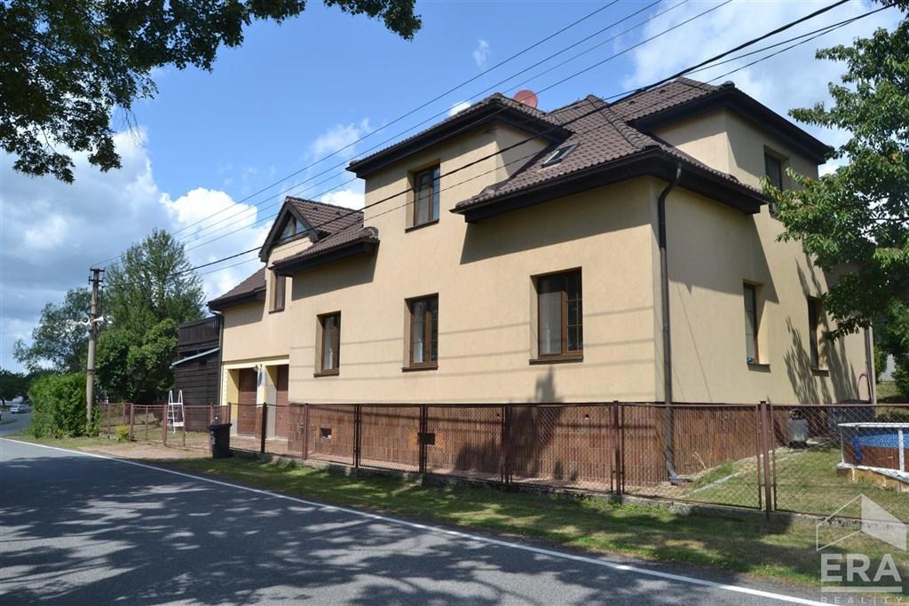 Prodej nadstandartního domu 7+1 ve Světlé pod Ještědem