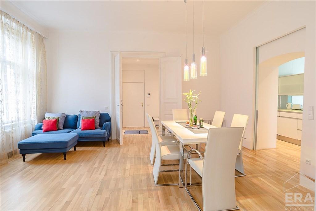 Pronájem bytu 4+kk, 111 m2, ul. Mezibranská 17, Praha 1