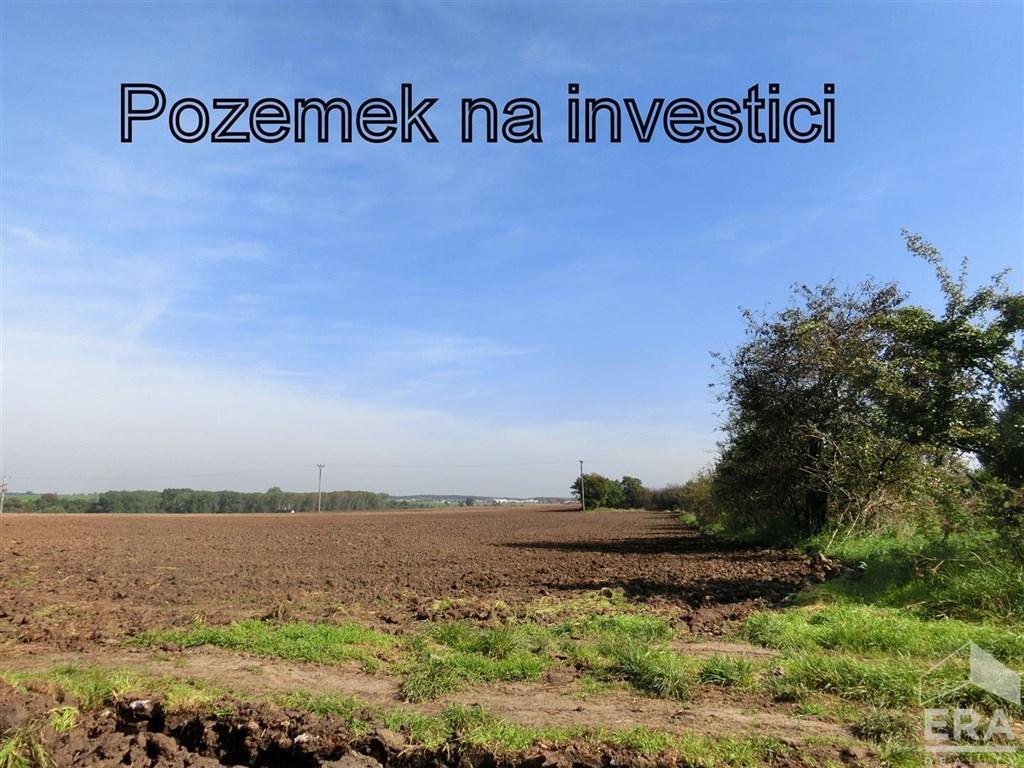 Investice – prodej pozemku 3072 m2, Hoštice – Vodochody