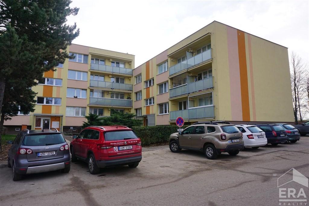 KOLÍN BYT 1+1 s balkonem