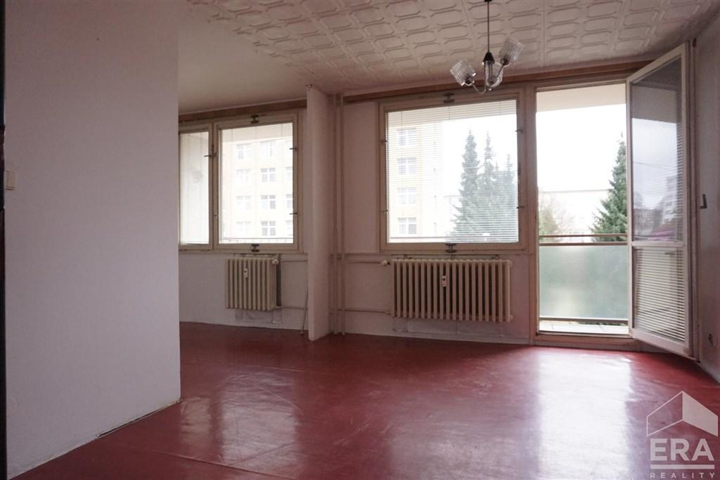 ZRUČ N. SÁZAVOU BYT 2+1 prostorný s balkonem