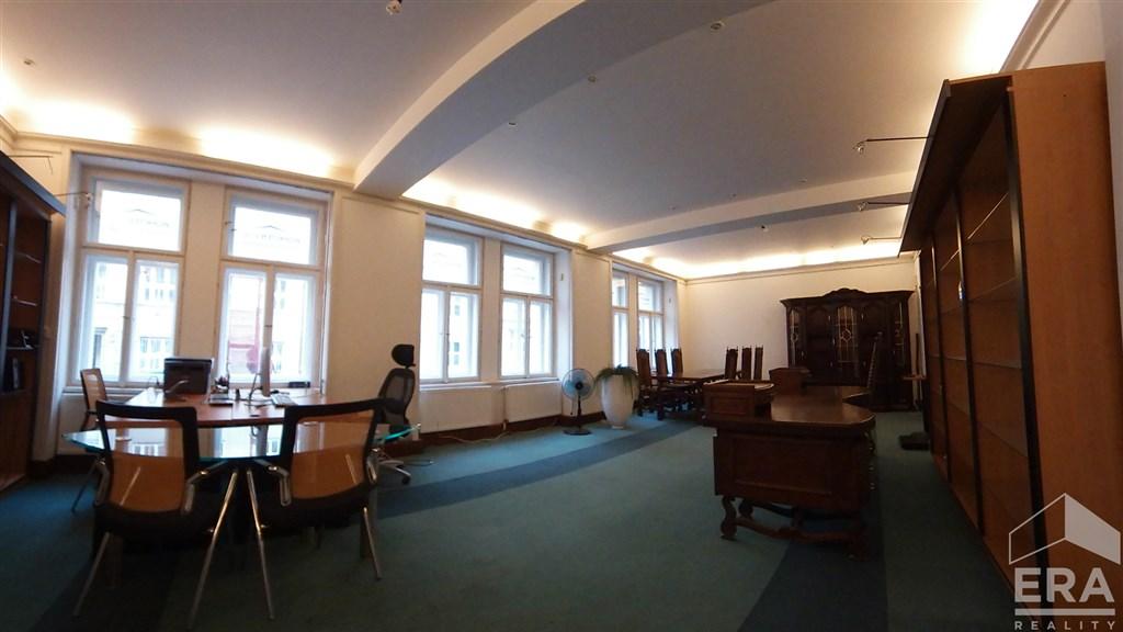 Pronájem kancelářských prostor, 120 m2, ul. Rostislavova 231/23, Praha 4 Nusle