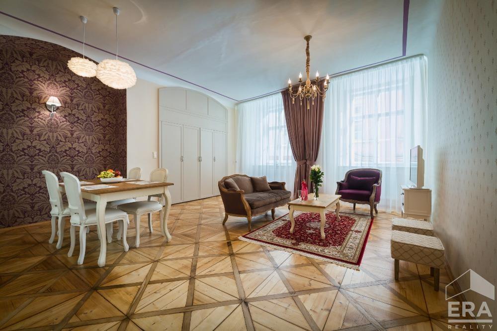 Pronájem  bytu 2+kk, Karlova, Praha 1 – Staré Město