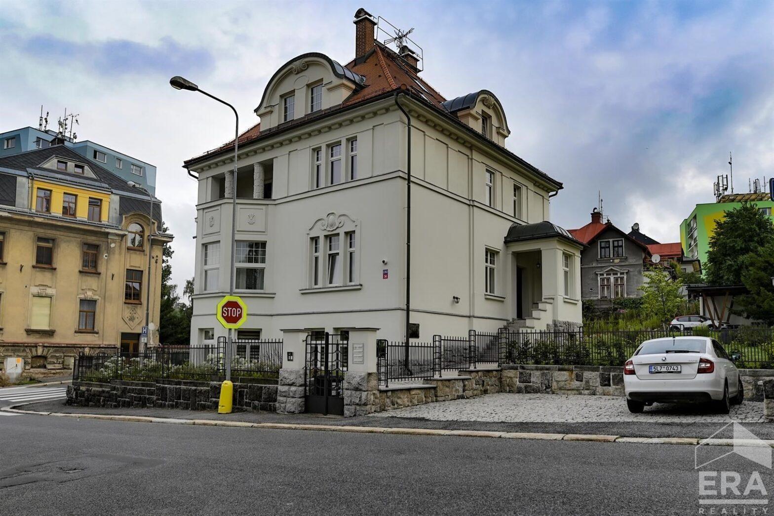 Pronájem bytu 3+KK ve vile v Jablonci nad Nisou