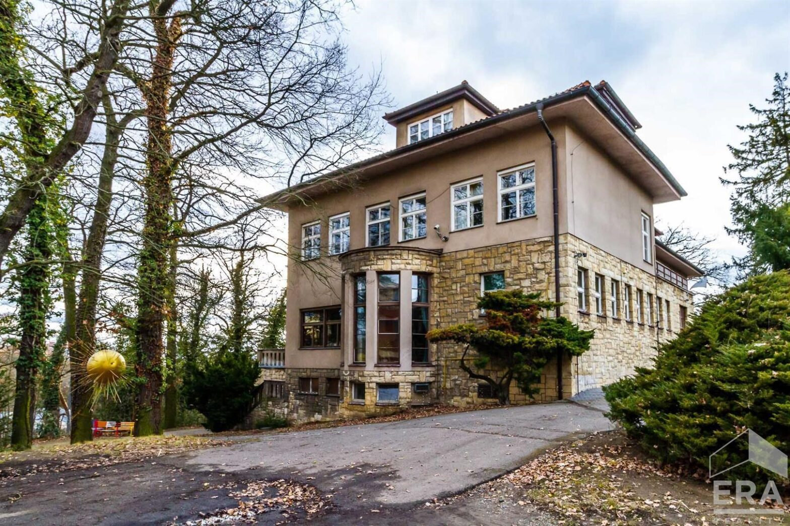 Pronájem luxusní rezidence, 1670 m2, Klánova 62, Praha 4 – Hodkovičky