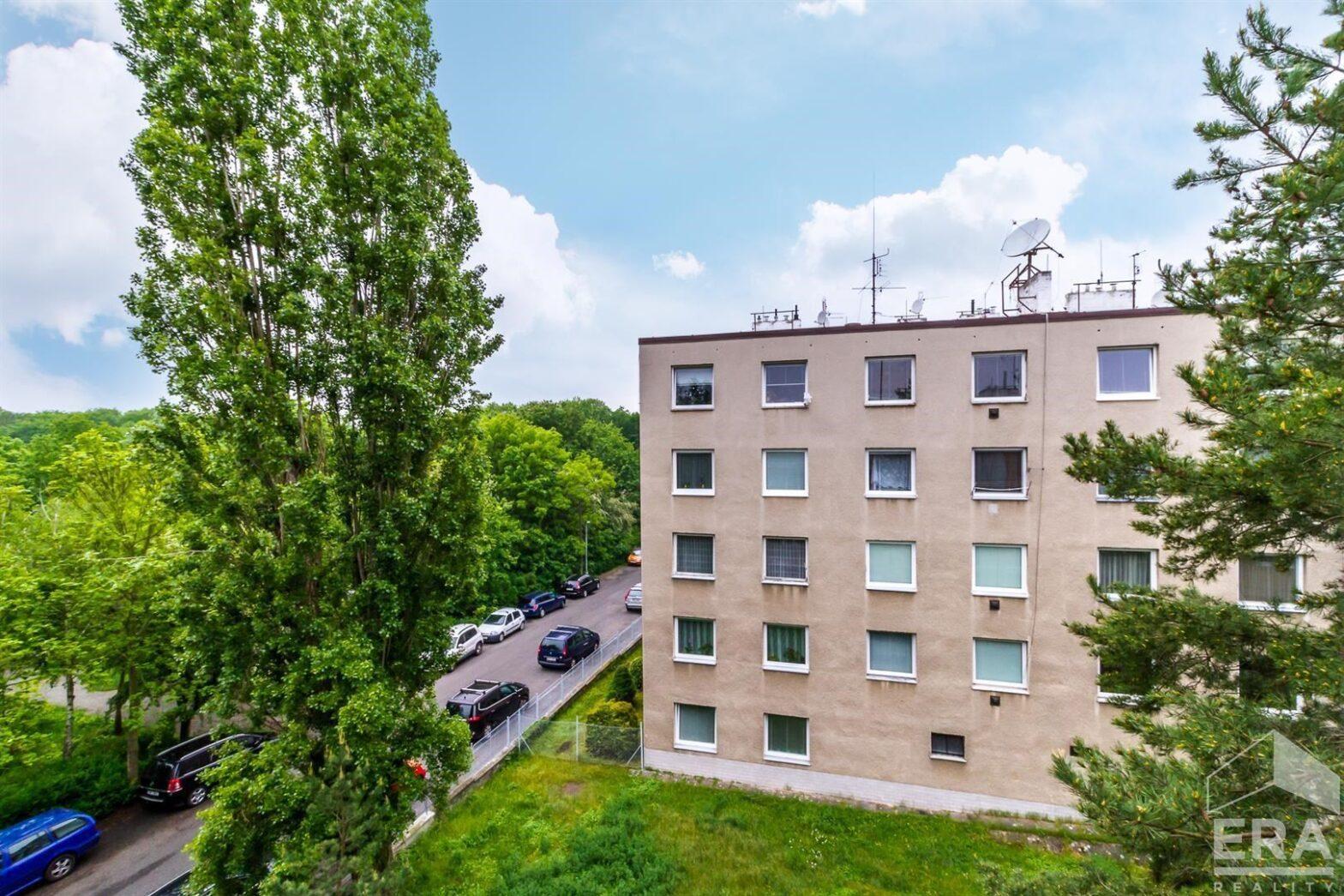 Pronájem bytu 2+kk, 35 m2 + sklep 4m2, Praha 4 Hodkovičky