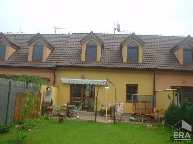 Pronájem řadového domu v Líbeznicích, Praha – východ.