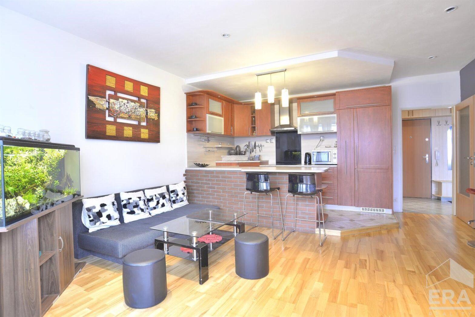 Prodej nového bytu 2+kk,B, 55 m2 v atraktivní lokalitě Nová Harfa s garáží Poděbradská, Praha 9 – Vysočany                                                               4 690 000 Kč