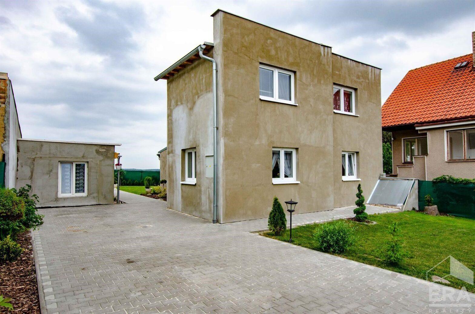 RD 3+1 po celk.rekonstrukci, pozemek 454 m2, Sadská okr. Nymburk