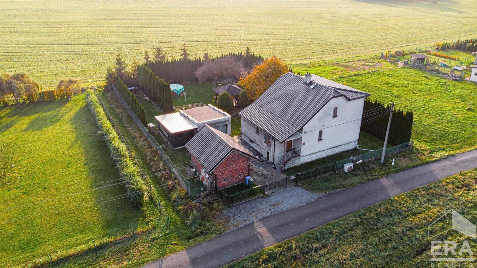 Prodej rodinného domu 245 m² a pozemku 1361 m²