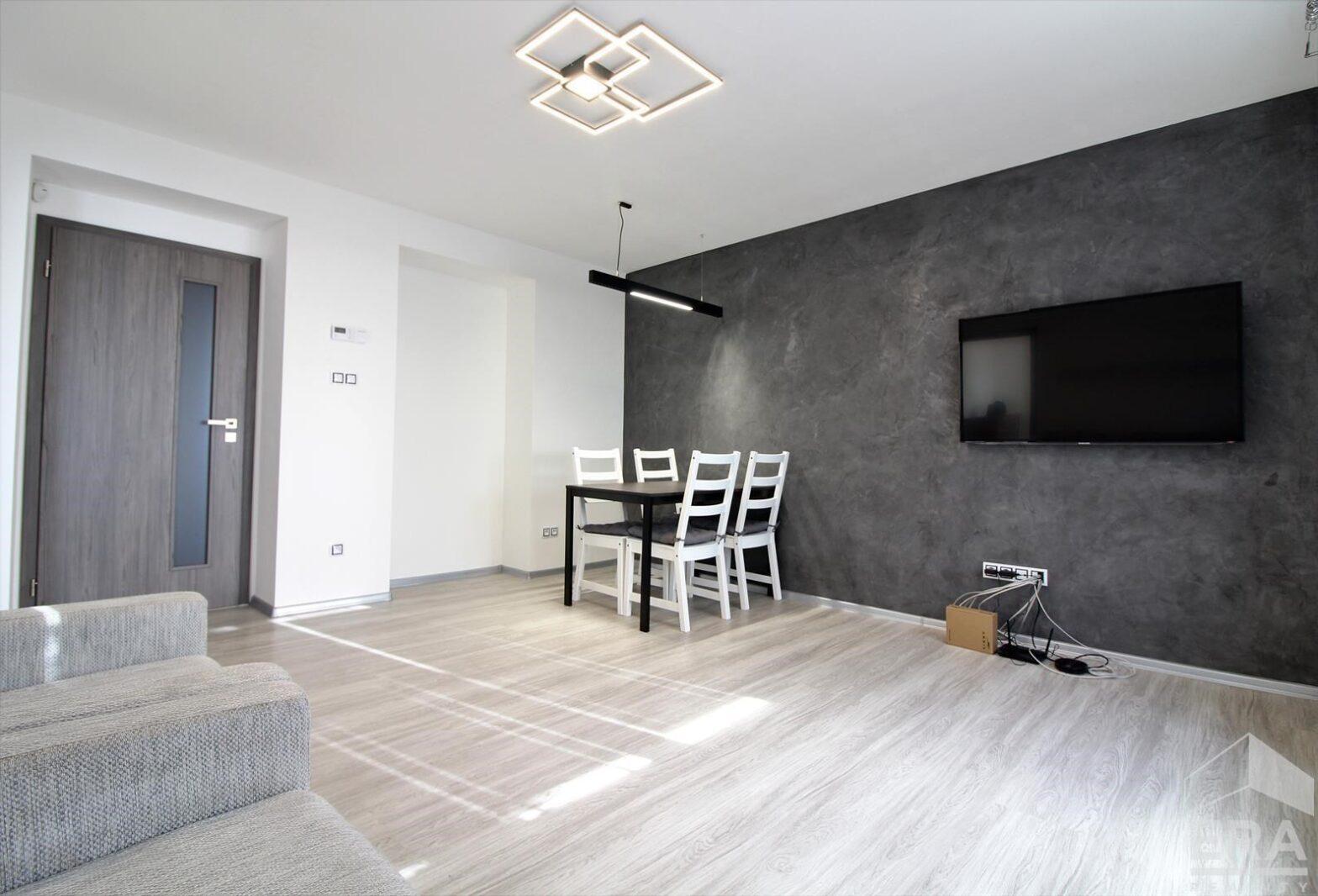 Pronájem bytu 3+KK (68m2), Kuřim, Náměstí Osvobození 818
