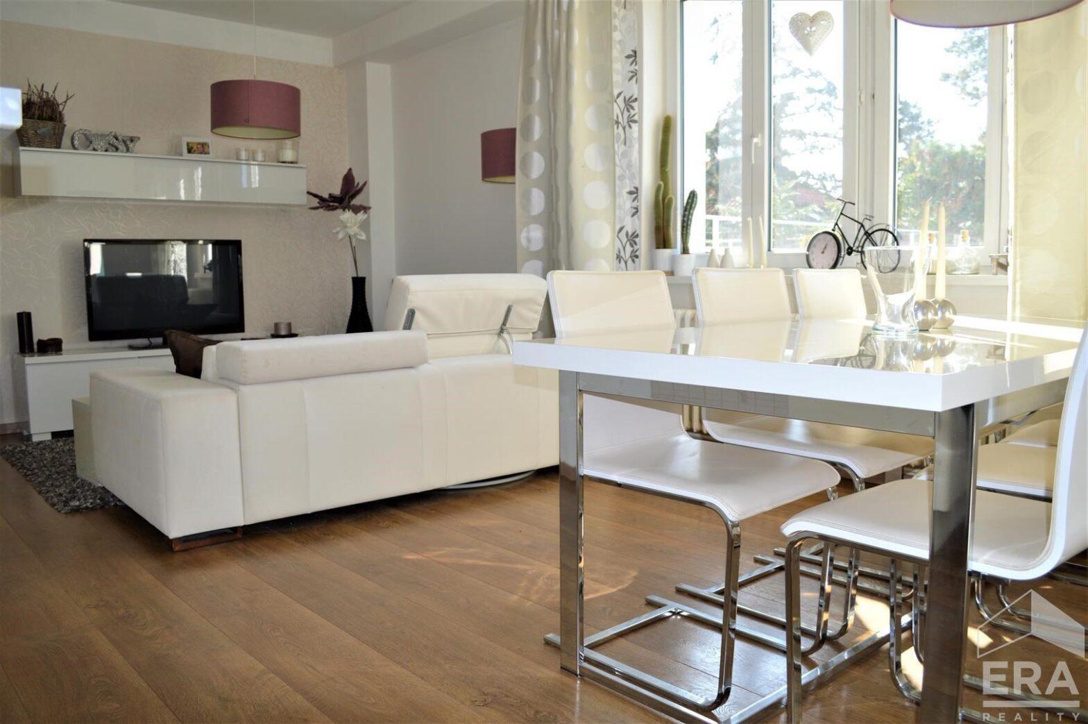 Krásný byt 3+kk s velkou terasou a výhledem na Prahu