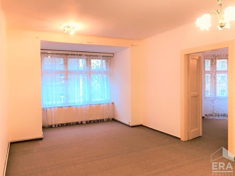 Praha, Lucemburská 2016 – 6, prodej byt