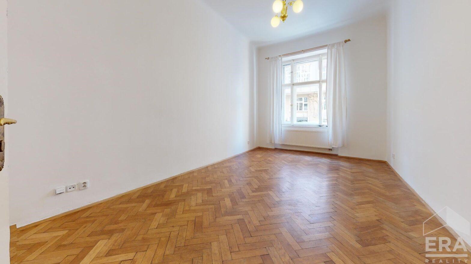 Pronájem bytu 3+kk, 95 m2, ul. Vinohradská 32, Praha 2