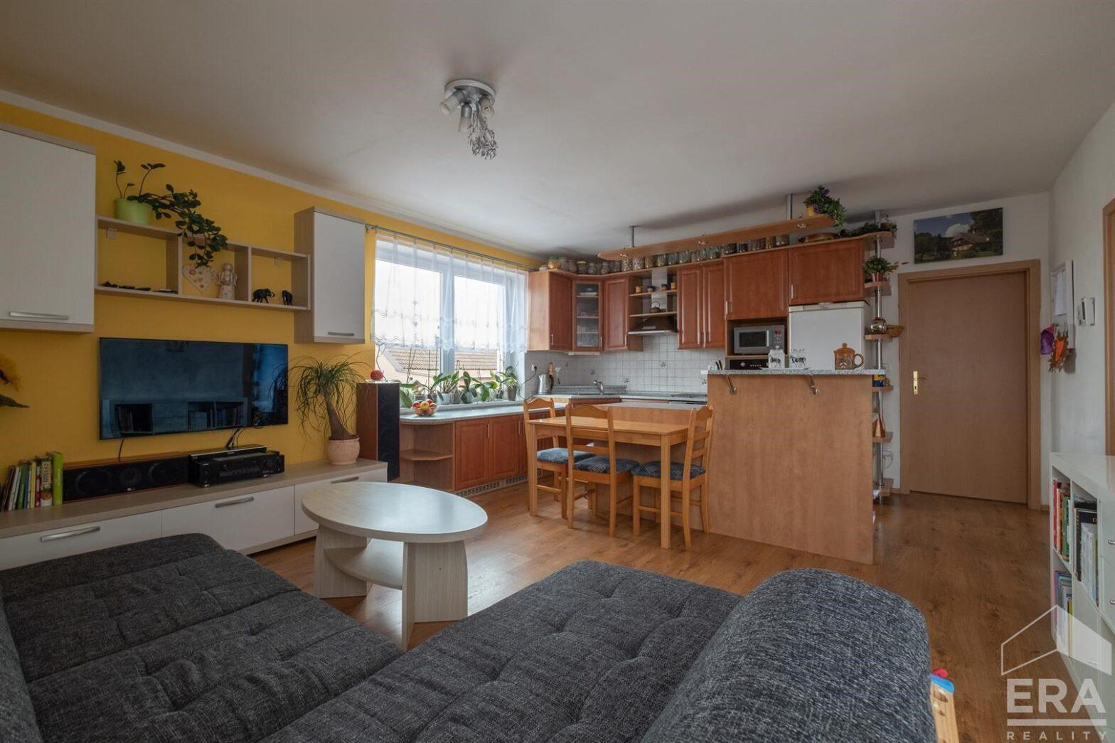Prodej zděného bytu 3+kk s balkónem, Poděbrady