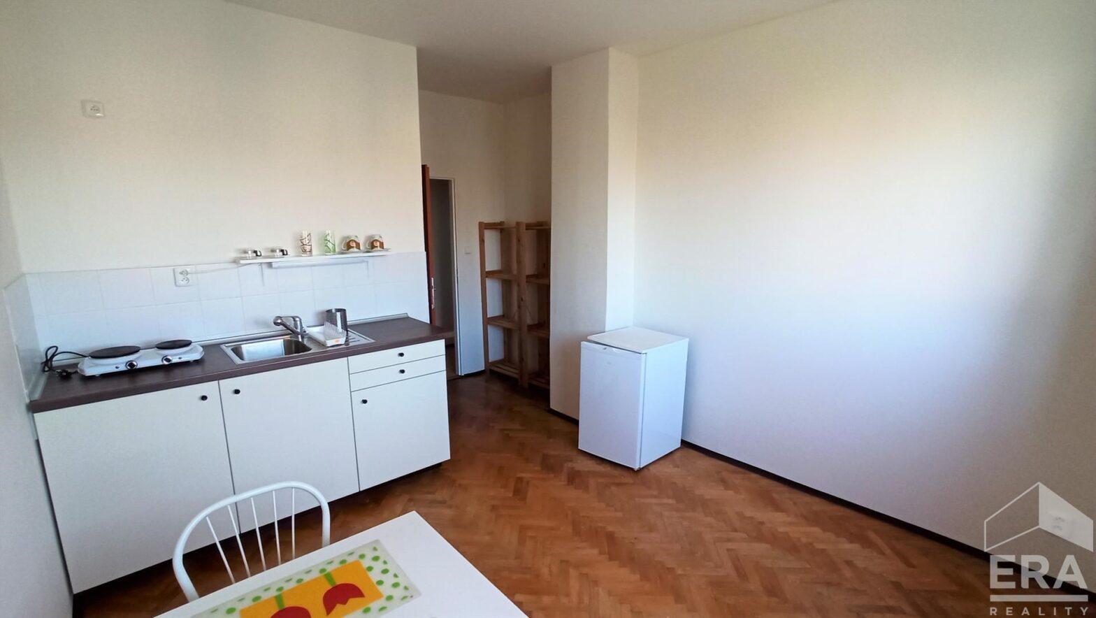 Pěkný byt o dispozici 1+1