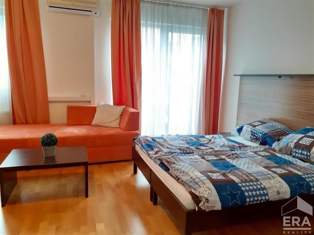 Pronájem moderního bytu 1kk o velikosti 46,8m2 na Praze 5 Anděl