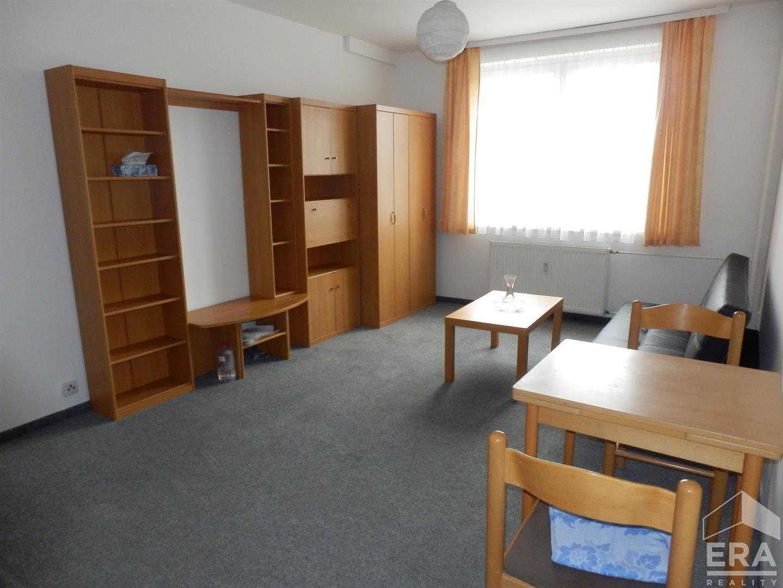 Pronájem zařízeného bytu 2kk, 39 m2, Praha 4 Krč