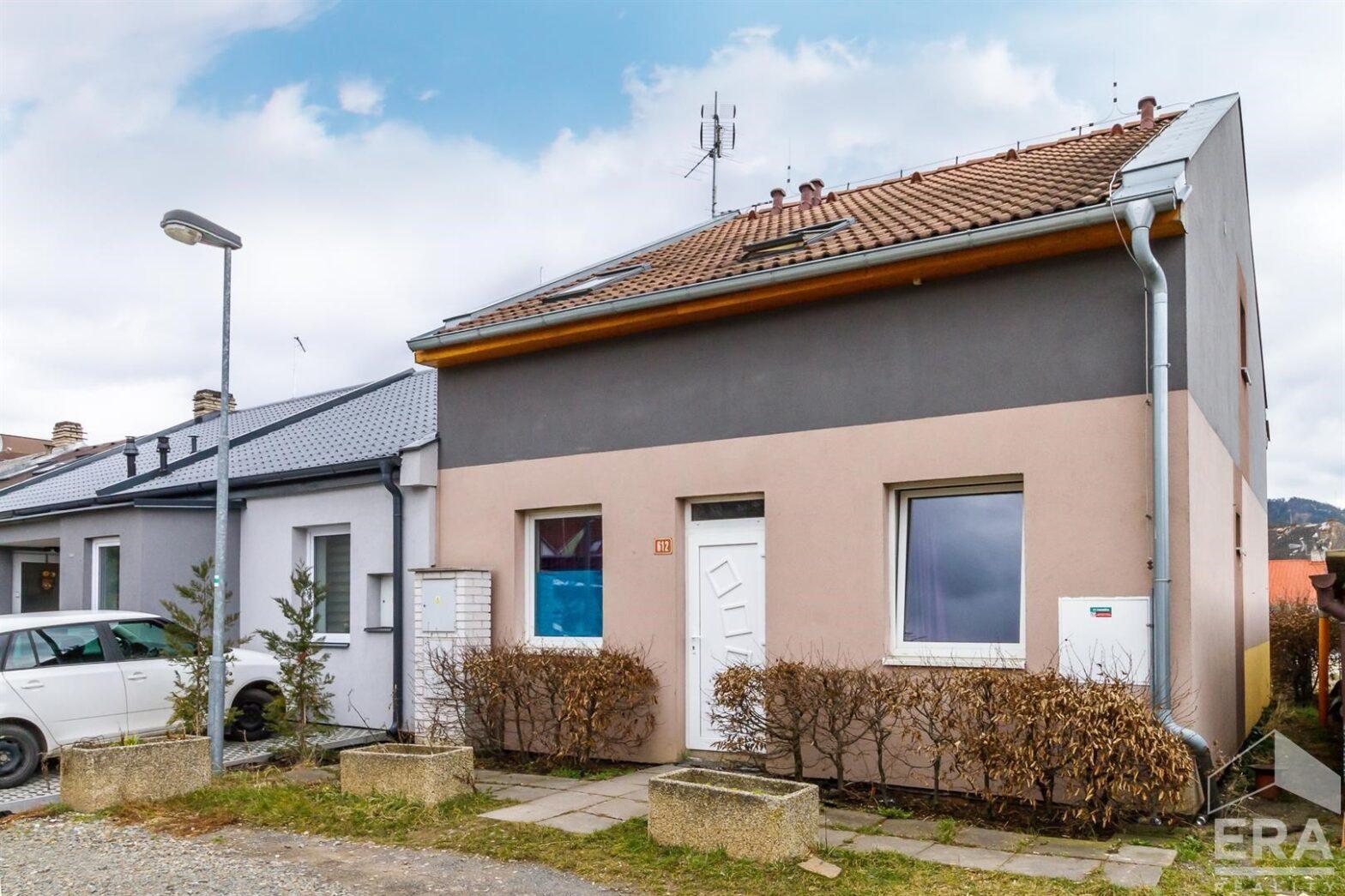 Prodej rodinného domu 6kk 116m2 s pozemkem 179m2