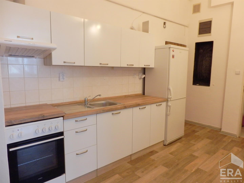 Pronájem bytu 2+kk, 65 m2, Praha 7 Holešovice