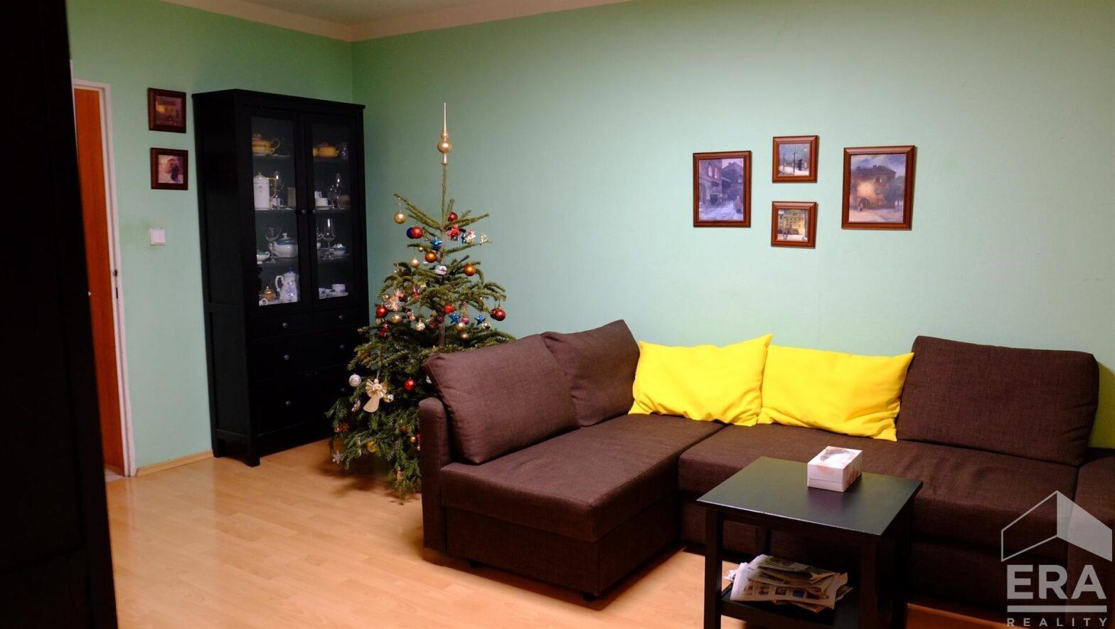Nabídka panelového bytu na Lužinách s krásnou vyhlídkou 77 m2- (3+1)+ 1 komora 3,5m+ L (8 m2)   ul. Píškova – Stodůlky                                            Cena: 5 499 000 Kč