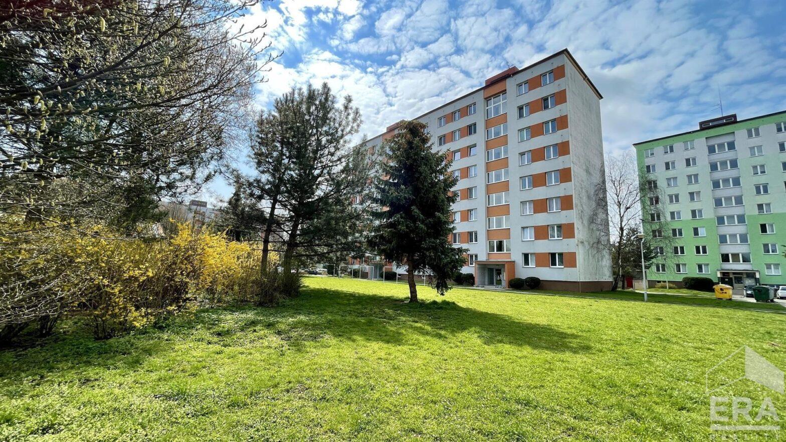 Prodej bytu 3+1 s balkonem, Opava