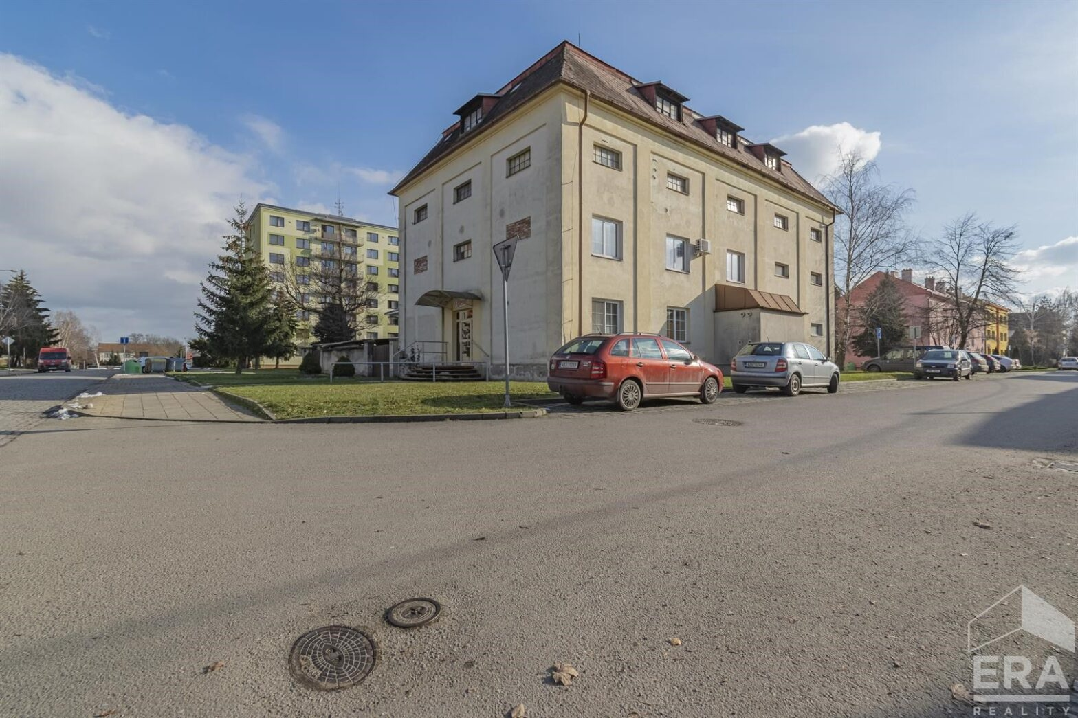 Komerční objekt k přestavbě na bytový dům- Kojetín, okr. Přerov