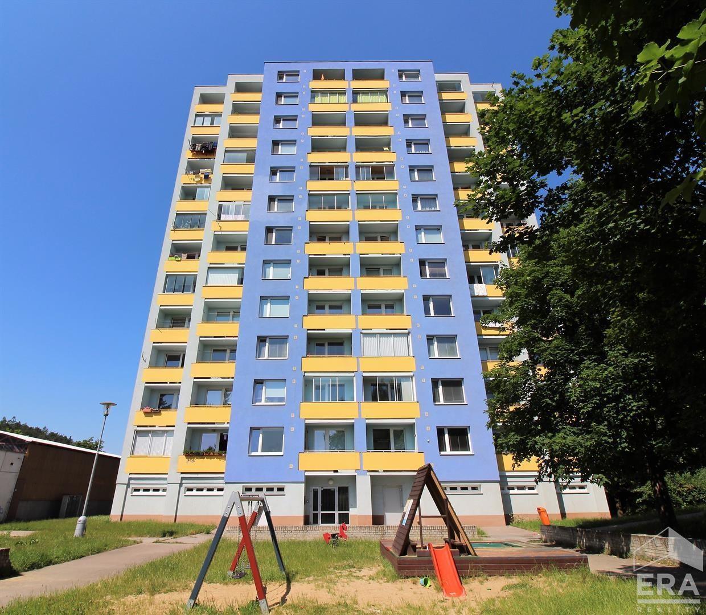 Pronájem bytu 1+1, (44m2) s lodžií na ulici Nádražní 1259 v Kuřimi
