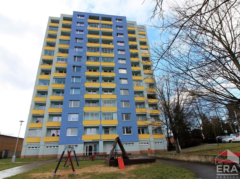 Prodej bytu 1+1, (44m2) s lodžií na ulici Nádražní 1259 v Kuřimi