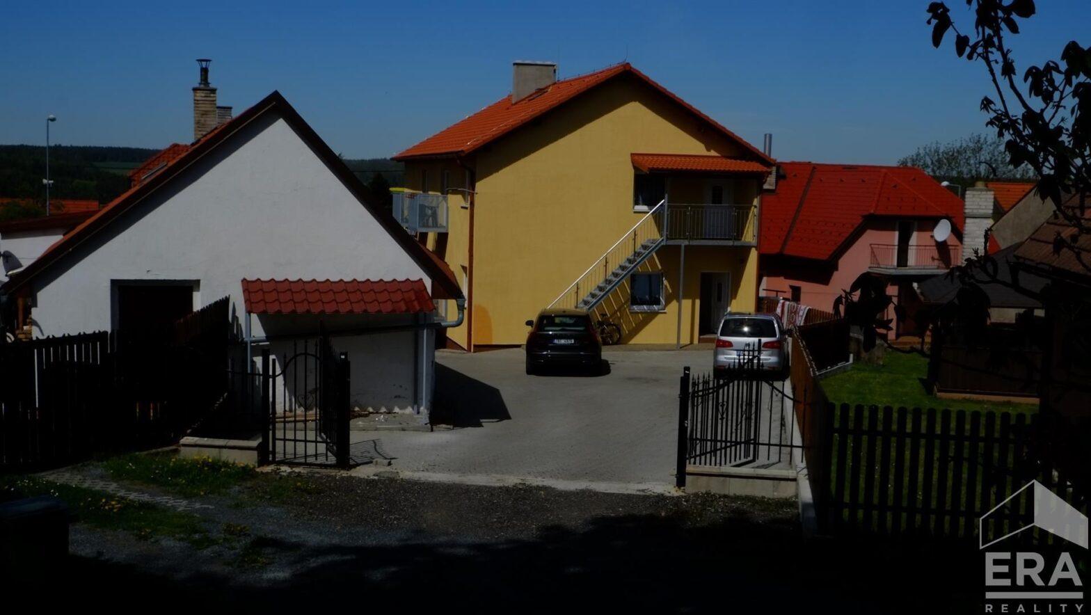 Exklusivní nabídka – prodej bytu 3+kk +B v bytovém domě ve Zbraslavicích        63 m2 užitná plocha       Cena 2 340 000 Kč