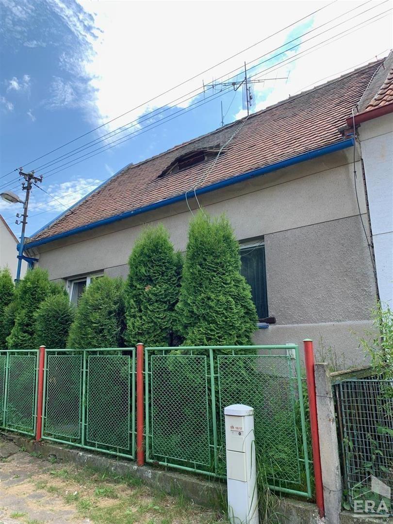 Prodej rodinného domu 160 m², pozemky 700 m² a 1400 m²