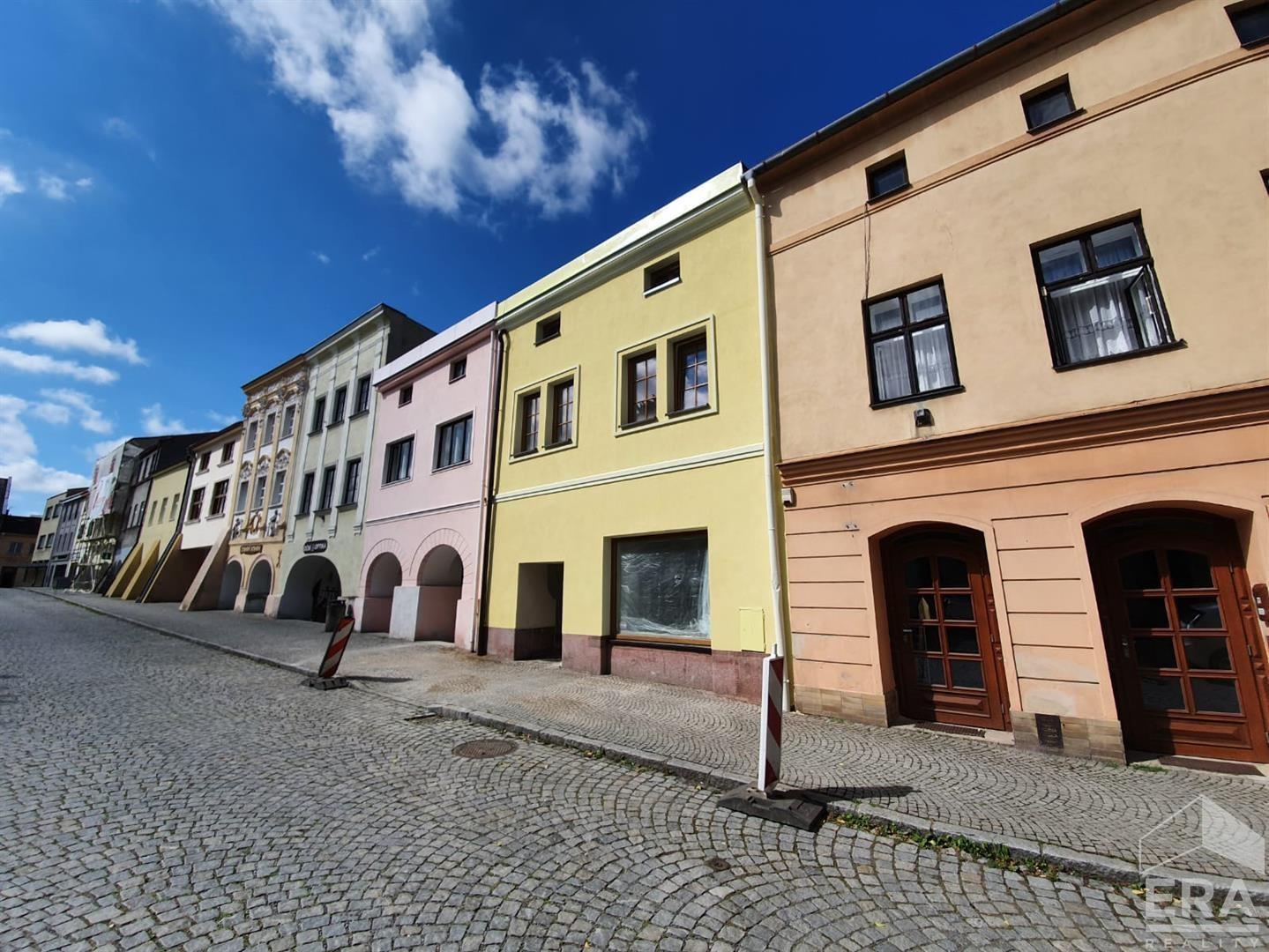 PRONAJATO – Pronájem bytu o disp. 1+1 s parkovacím místem na ul. J. A. Komenského v městě Brušperku okr. FM