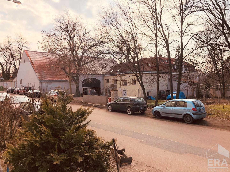 Praha, Na Košince 2453, prodej nemovitost