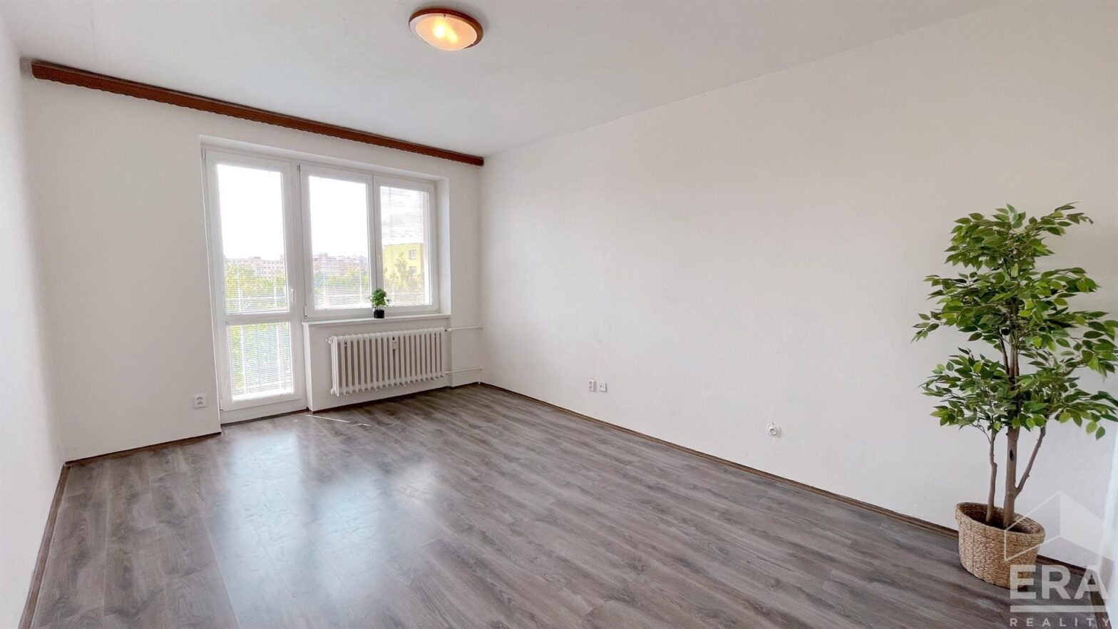 Pronájem bytu 2+1 s balkonem, Ostrava Poruba