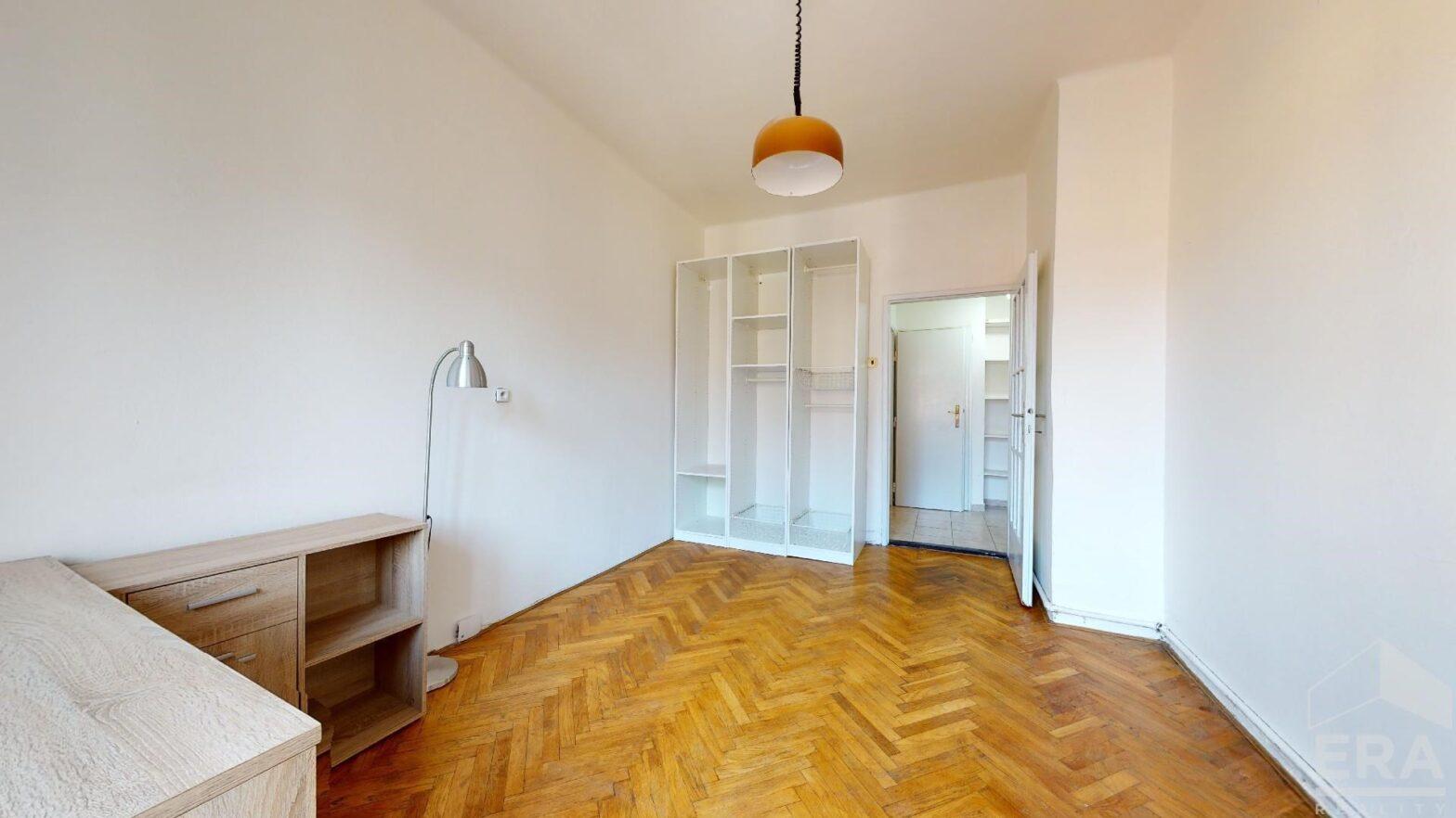 Pronájem bytu 2+kk, 32 m2, ul. Sinkulova 8, Praha – Podolí